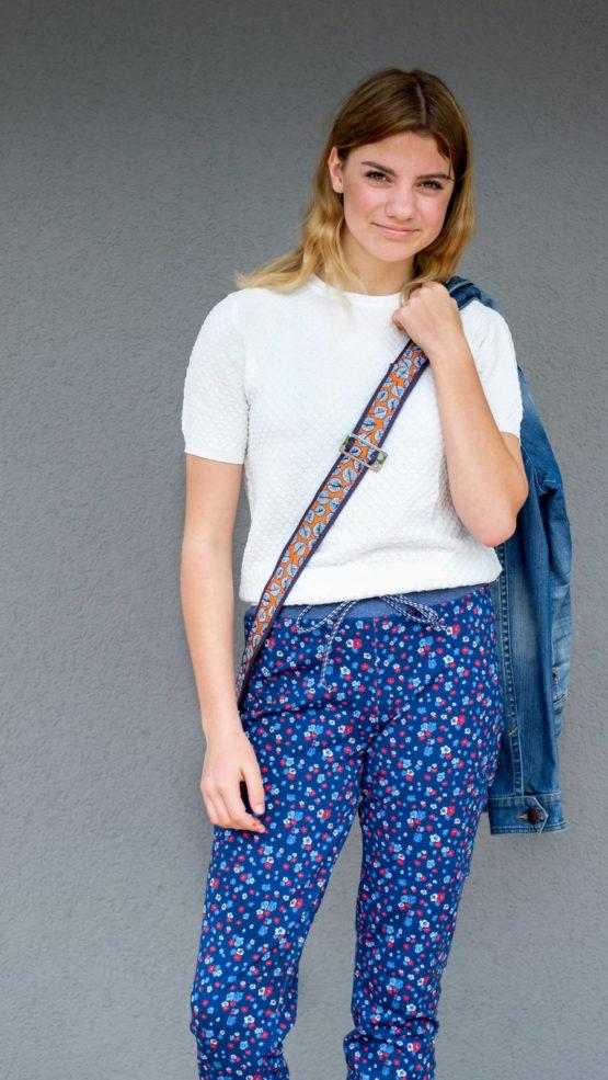 Blumen French Terry Sommersweat Elly blau aus Sew & More Kollektion, Designbeispiel von Lila-Lotta - Sandra Prüßmeier