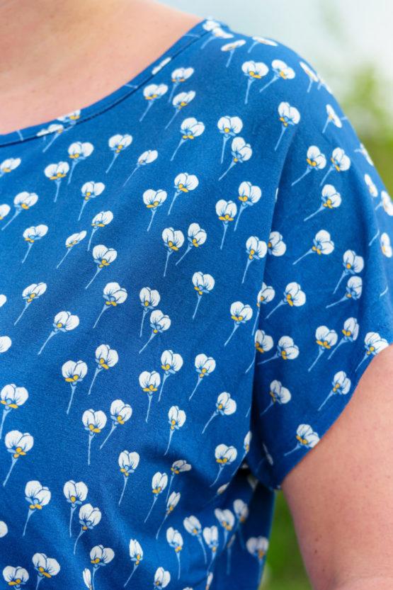 Blumen Viskose ALMA blau aus Sew & More Kollektion, Designbeispiel von Einchen - Stefanie Benesch